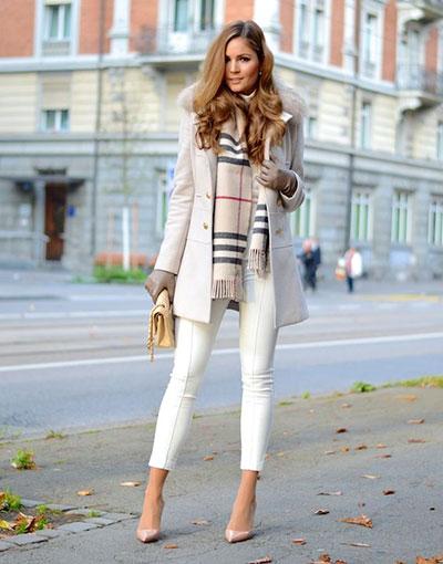 Πολλές γυναίκες πιστεύουν πως οι χειμωνιάτικοι συνδυασμοί ρούχων και  παπουτσιών είναι μόνο σκούροι και πως τα έντονα και φωτεινά χρώματα δεν  έχουν θέση στην ... 2fd3cb62464