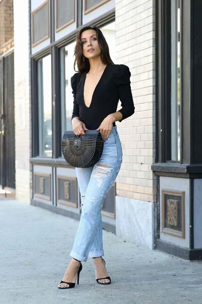 8c4417b57ab2 60 τέλειοι συνδυασμοί με τζιν παντελόνι για καθημερινό ή βραδινό ...