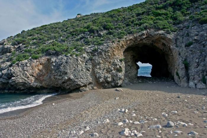 kaladi-beach7.jpg
