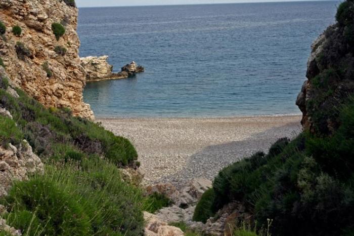kaladi-beach10.jpg